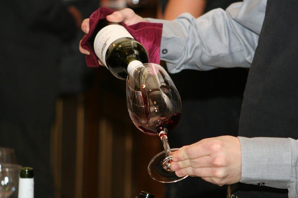 Jakie wino wybrać na prezent