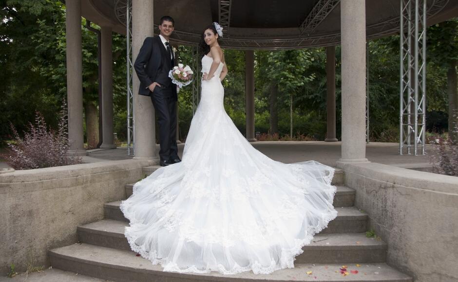 Ubrania do ślubu